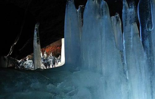 氷の柱発見!