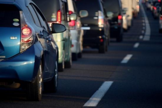 夏の渋滞とエアコン