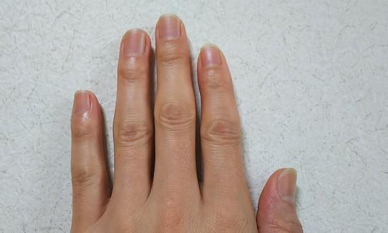 指先ケアの塗り方