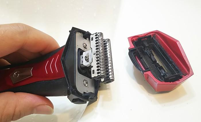 イズミ髭剃り防水