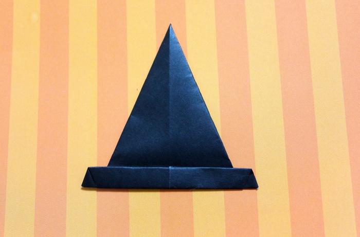 折り紙で帽子の作り方