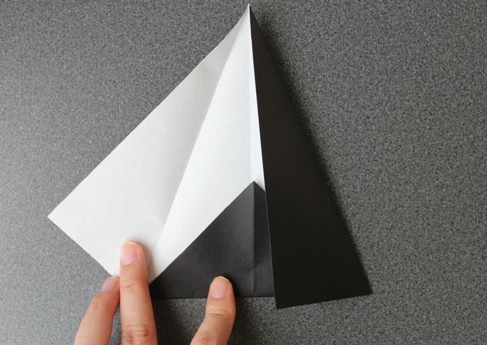 折り紙で帽子の作り方4