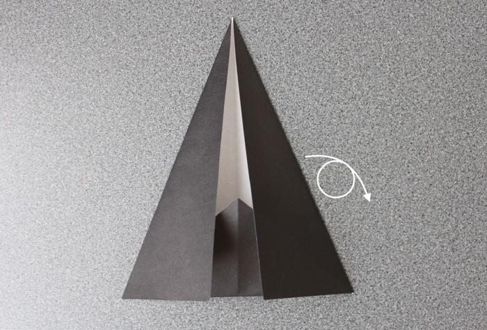 折り紙で帽子の作り方5