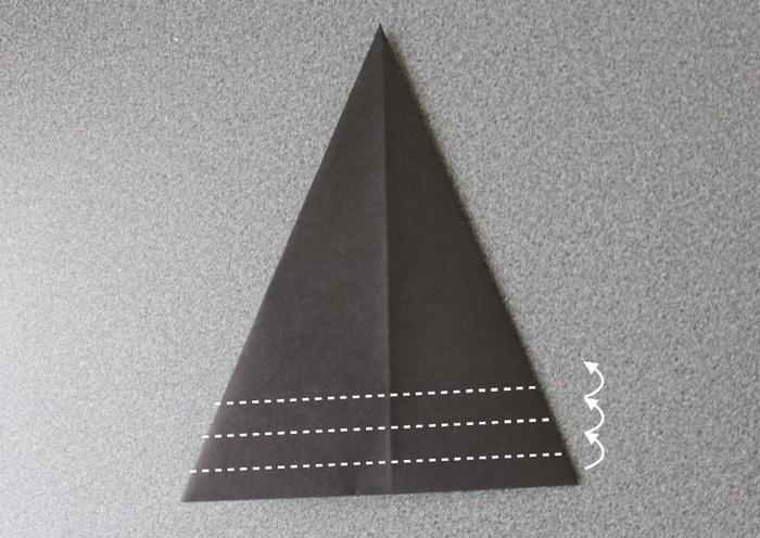 折り紙で帽子の作り方6