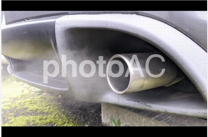 RX-8の排気ガス